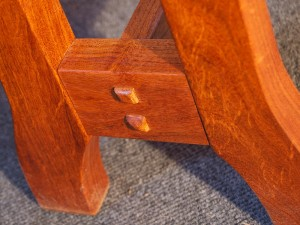 Mesquite Round Table - Curved Bench Foot
