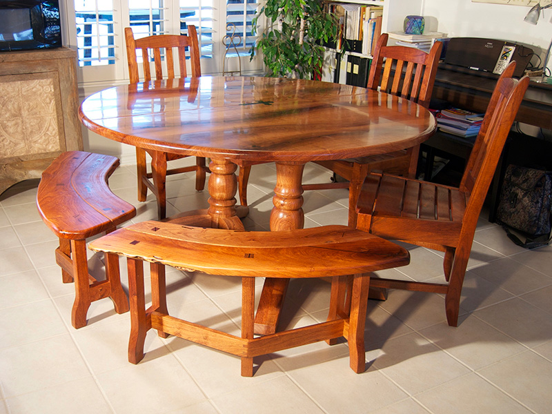 Mesquite Round Table And Benches800